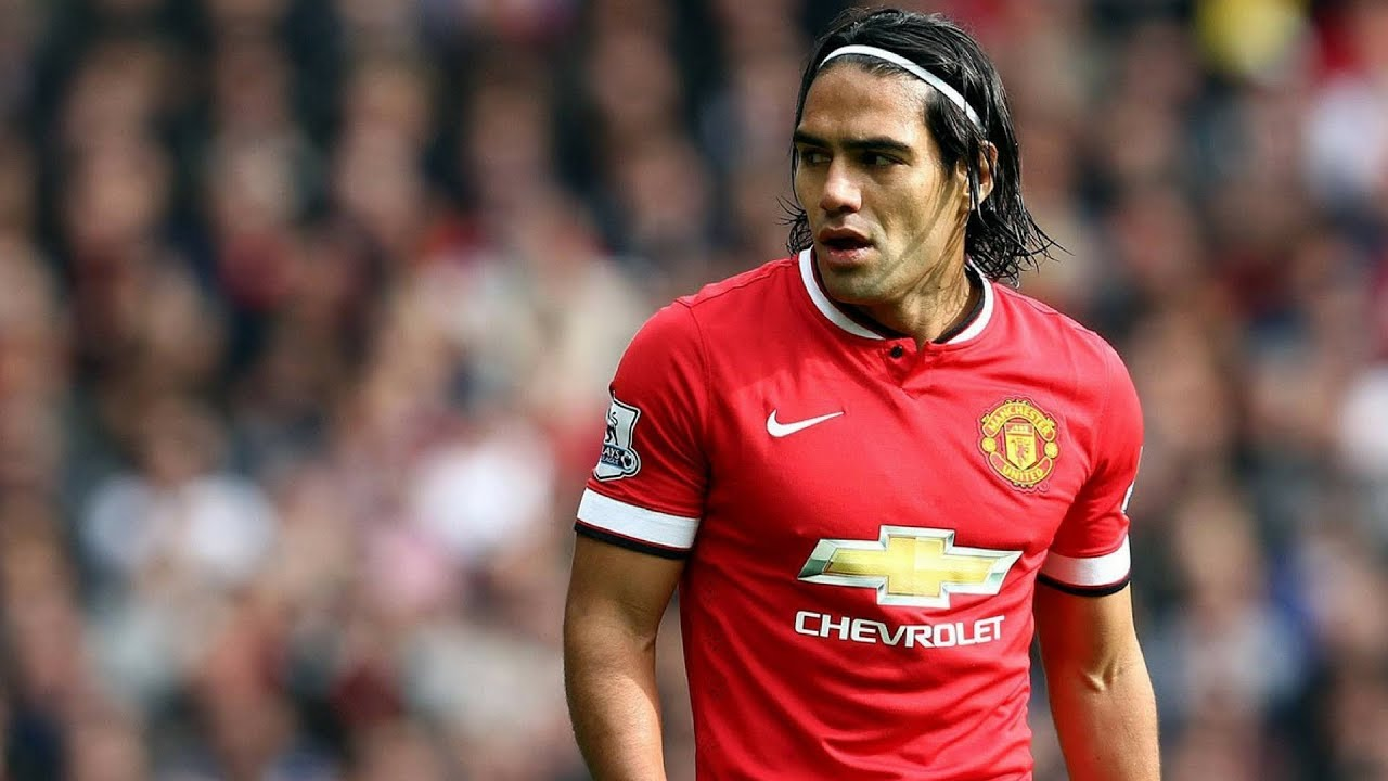 5 Superstars Who Flopped At Manchester United