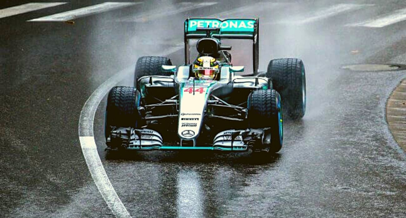 F1 Business   How Formula one Business Works?   Chase Your Sport - Sports  Social Blog
